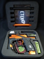 Etek5 comes with extensive manual and rebuild kit, oil, barrel bag, and a very nice allen key set